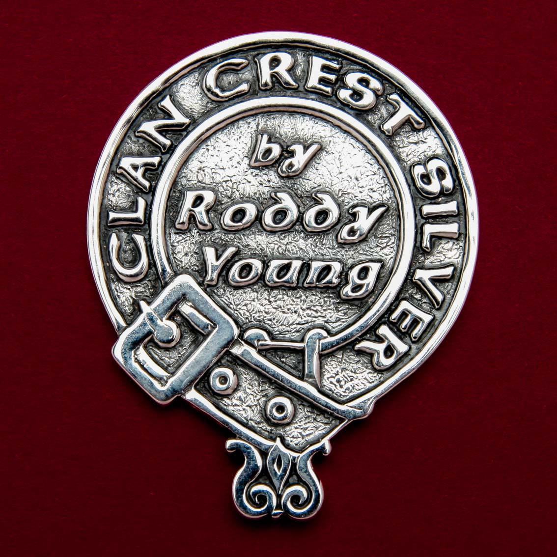 Clan Crest Silver logo