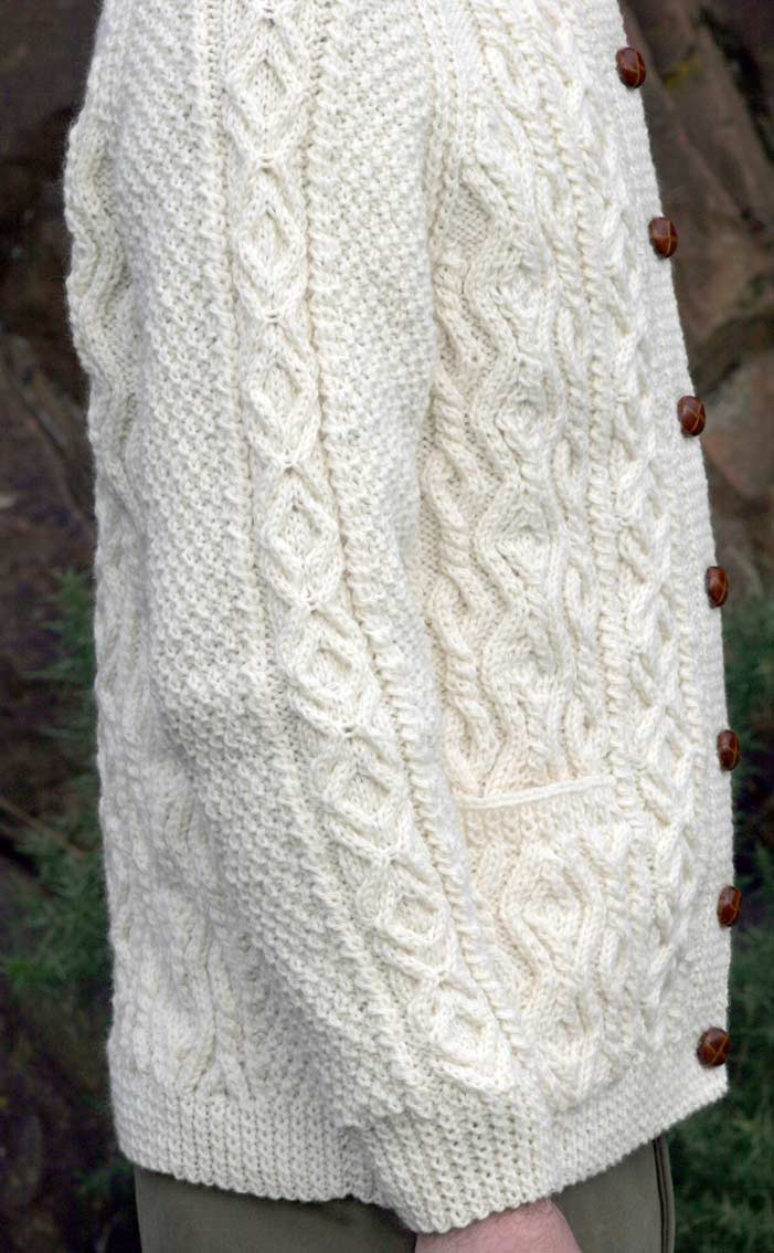 Colour: Undyed Ecru