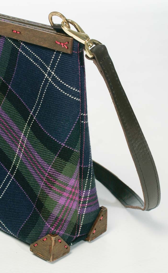scotweb-clutch-handbag-scotland_the_brave_modern-detail-2