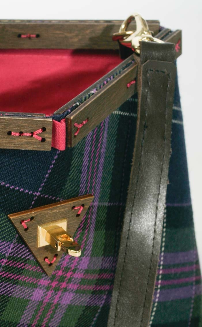 scotweb-clutch-handbag-scotland_the_brave_modern-detail-3
