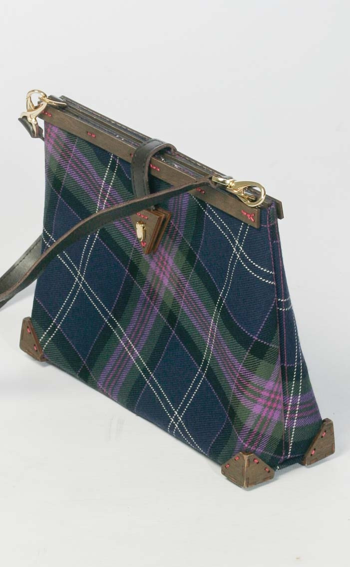 scotweb-clutch-handbag-scotland_the_brave_modern-front-2