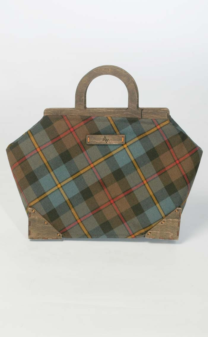 scotweb-wood-framed-handbag-macleod-of-harris-reproduction-front