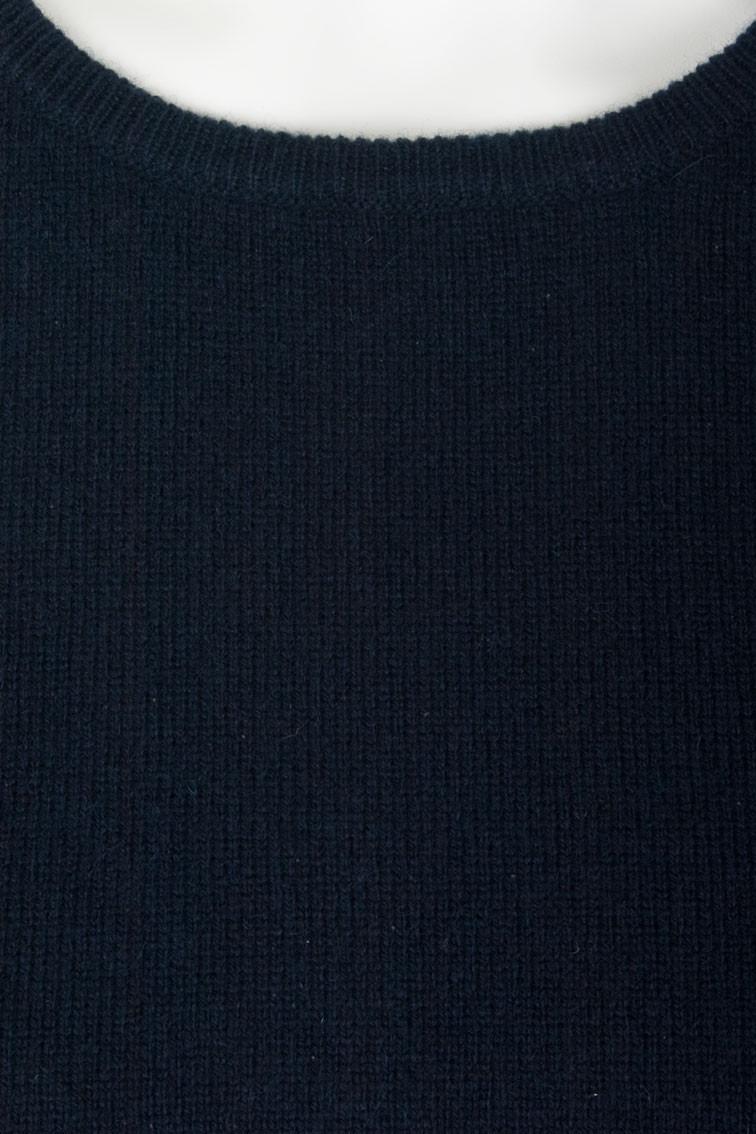 Colour: Navy