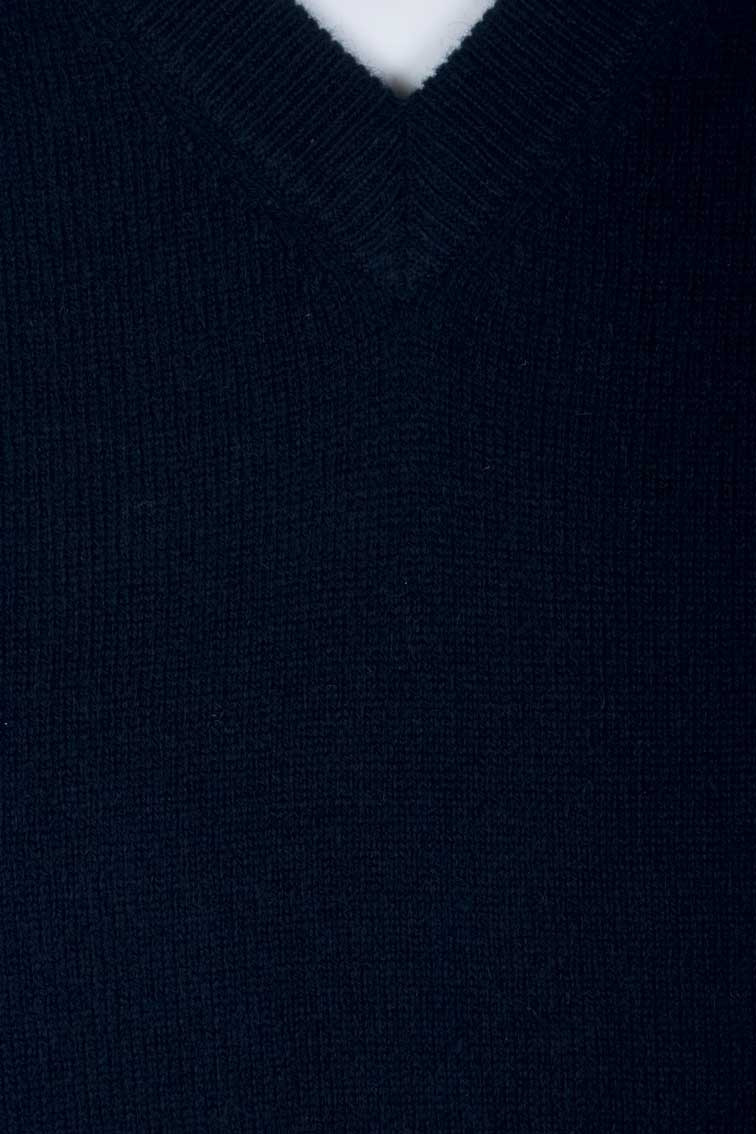 Colour: Navy