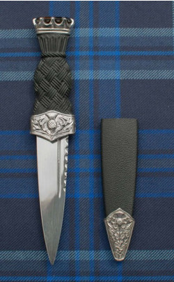 Jewel Topped Thistle Sgian Dubh