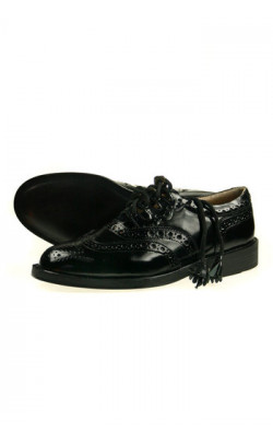 Classic Ghillie Brogues