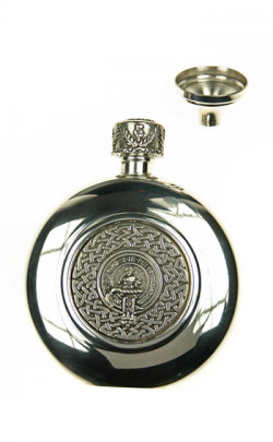 Sporran Flask with Clan Crest Badge
