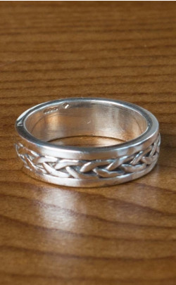 Silver Celtic Band – FR155