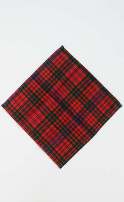Essential Tartan Pocket Square