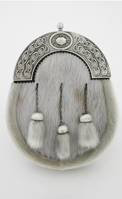 Dress Sporran with Celtic Oval Cantle