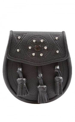 Daywear Sporran, Tooled and Studded Targe design